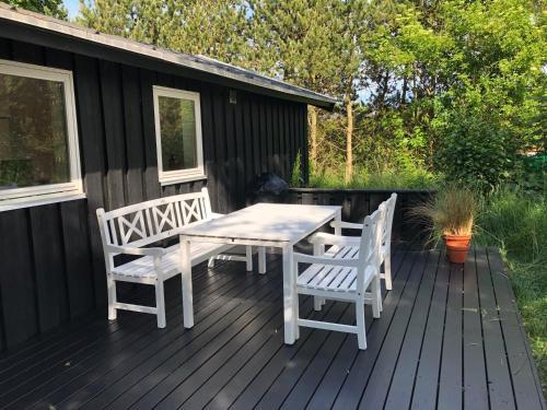 Sommerhus Hirsholmvej, Pension in Ålbæk