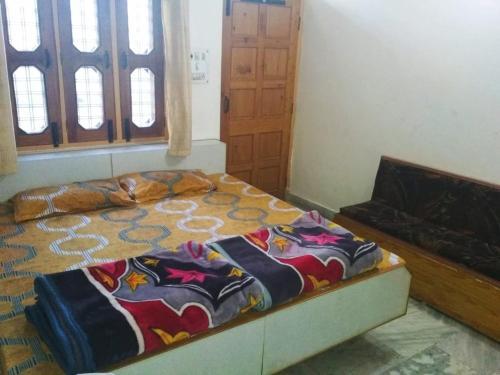 . Himalaya Holiday Inn