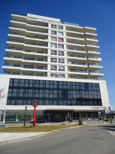 . Puerto Amarras Hotel & Suites