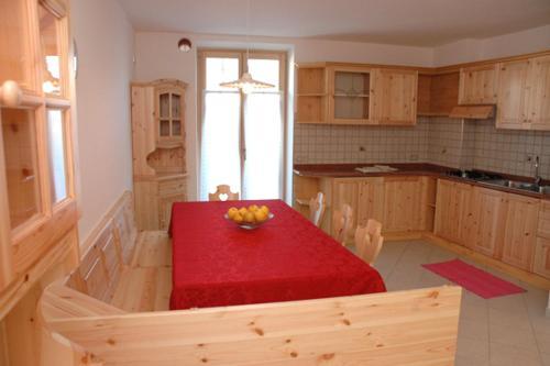 Agritur Al Paradis - Appartamenti - Apartment - Portolo