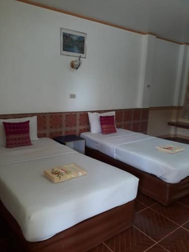 โรงแรม นรกมล, Muang Uttaradit