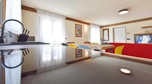 . Foyer Apartments