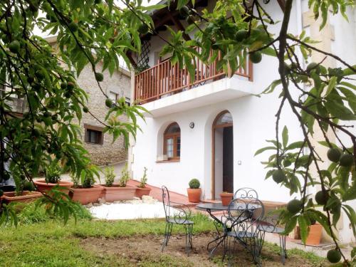Accommodation in Bareyo