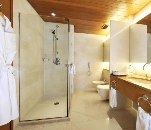 Hilton Kuwait Resort Prices, photos, reviews, address  Kuwait