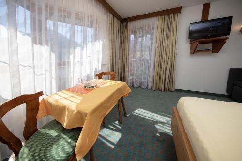 Gästehaus Marco - Accommodation - Sölden