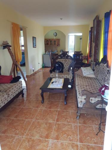 Casa De Ingrid En Cabrera República Dominicana Opiniones