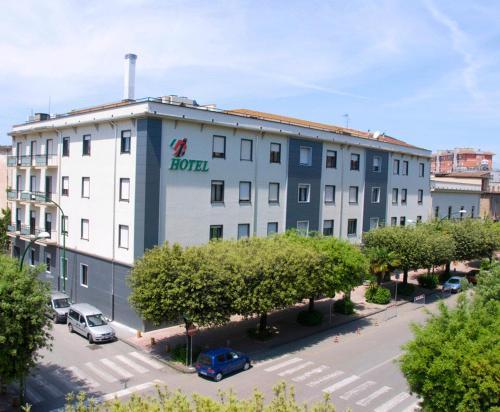 . Grand Hotel Italiano