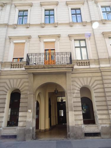 Casa Nora, Pension in Budapest