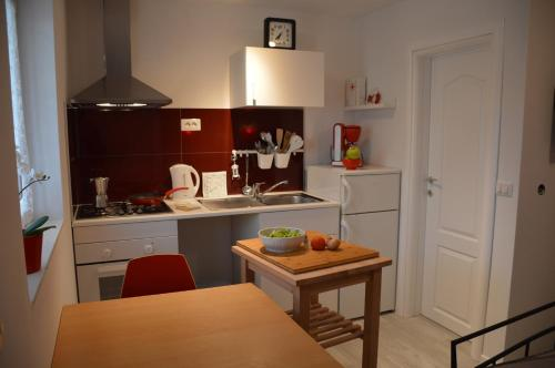 NEW studio LOVE in center of Porec