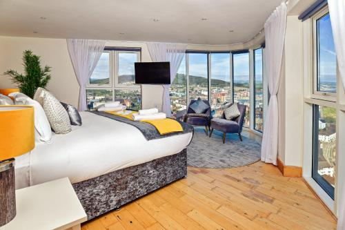 . Just Stay Wales - Meridian Quay Penthouses