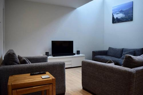 Sleek And Modern 2 Double Bedroom Flat In Hoxton