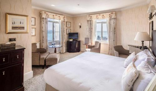 Somerville Hotel - Photo 4 of 81