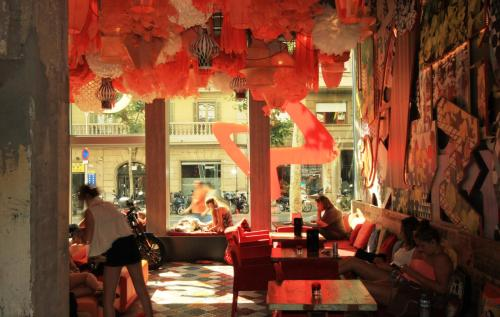 Còrsega, 377, Gràcia, 08037  Barcelona, Spain.