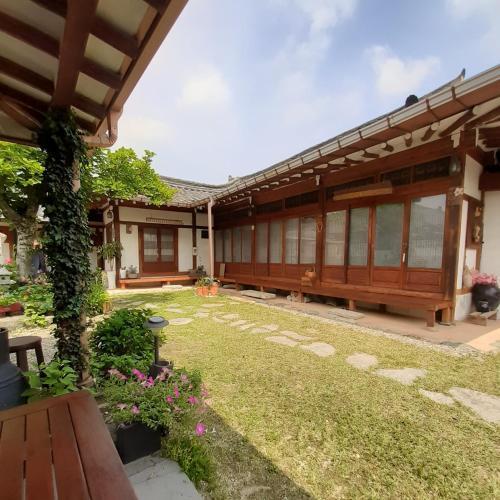 Gyeongju Guesthouse Huewon