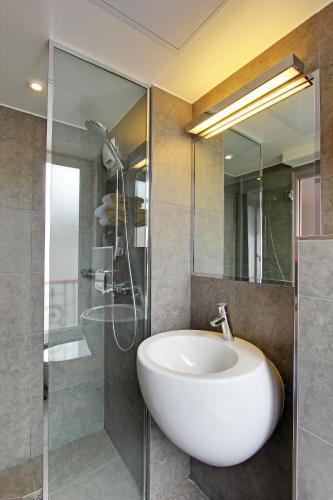Hotel Alhambra photo 11