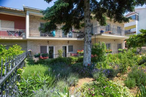 . Apartments Ursic