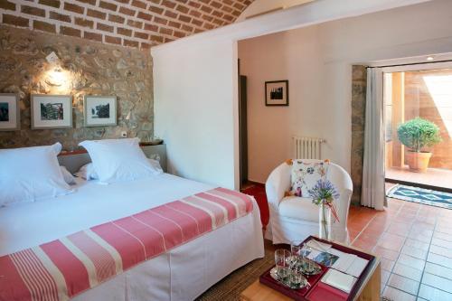 Suite Junior con acceso gratuito al spa Mas Falgarona Hotel Boutique & SPA 4