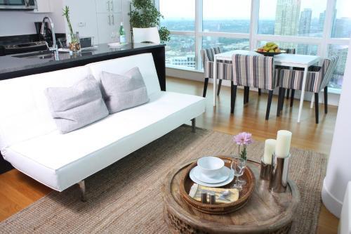 Dharma Home Suites Jc At Paulus Hook - Jersey City, NJ 07302