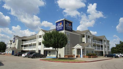 InTown Suites Extended Stay Arlington TX - Six Flags