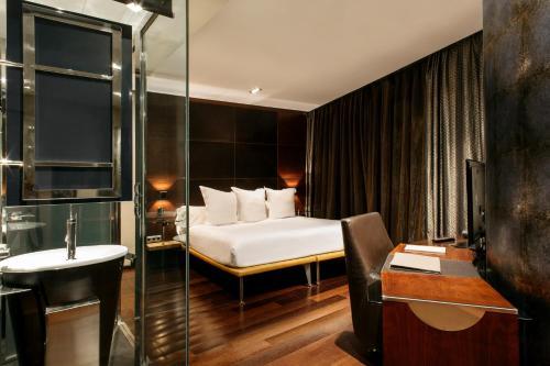 Suite Hotel Urban 7