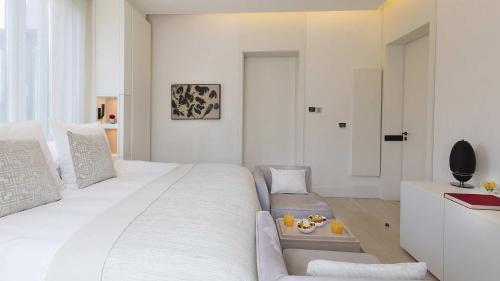 Standard Room with terrace ABaC Restaurant Hotel Barcelona GL Monumento 14