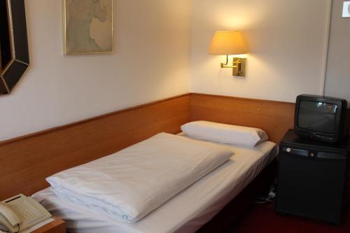 Hotel Montree photo 5