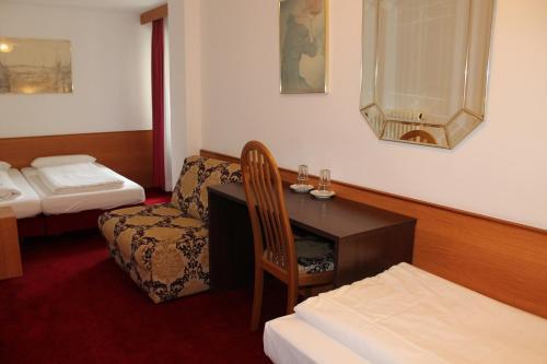 Hotel Montree photo 17