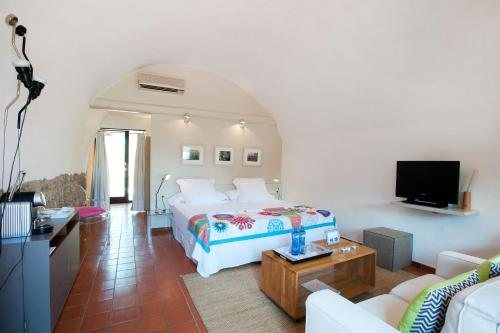 Suite Junior con acceso gratuito al spa Mas Falgarona Hotel Boutique & SPA 2