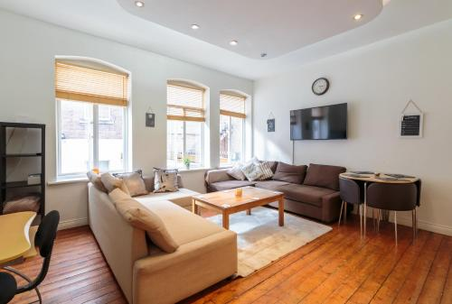. Luxury Central Newcastle Apartment 20