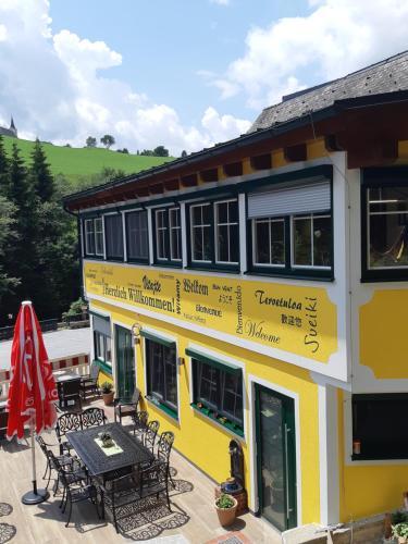 Gasthof Klug zum Ehrensepp - Hotel - Modriach