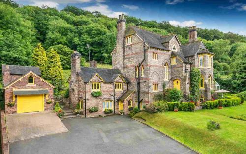 Coalbrookdale Villa