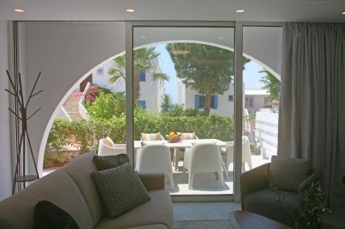 Ambelones Apartments - Photo 4 of 133