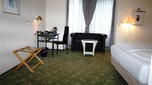 Entree Gross Borstel Garni Hotel In Hamburg In Das Ortliche