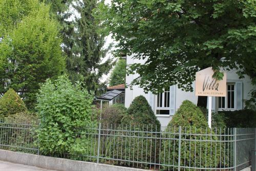 Villa am Schlosspark photo 9