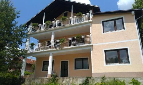 Pliva Lake House