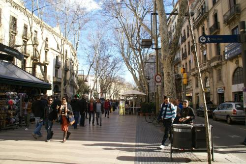 Hostal MiMi Las Ramblas photo 6