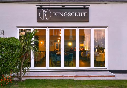 Kingscliff Hotel picture 1 of 30