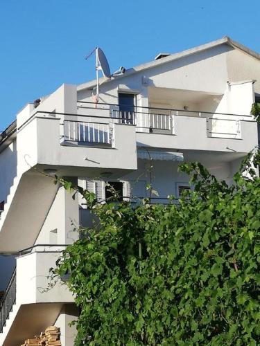 Apartments Biograd