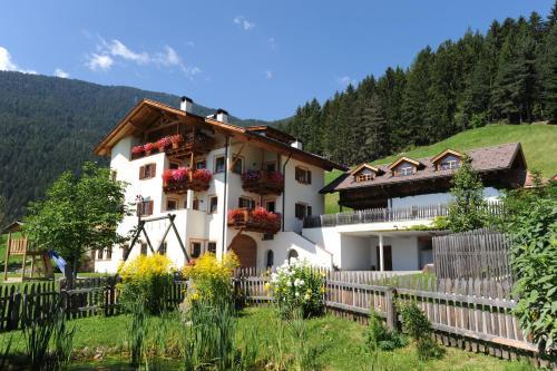 Prackfiedererhof - Apartment - Villandro