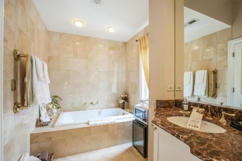 Harvey House Bed&Breakfast - Accommodation - Oak Park