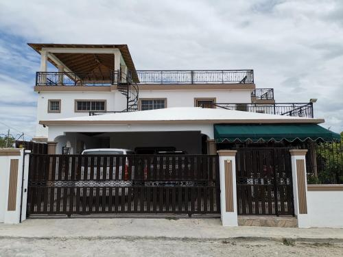 . Susaña's House