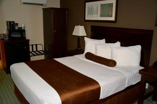 Coast Lethbridge Hotel & Conference Centre