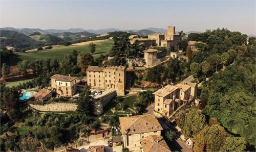 . Antico Borgo Di Tabiano Castello - Relais de Charme