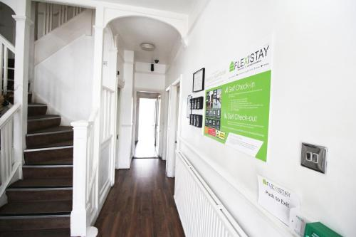 Flexistay Norbury Aparthotel picture 1 of 27