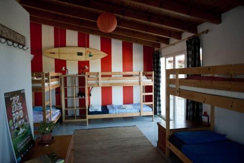 Hotel-overnachting met je hond in Da Silva Surfcamp 7 Bettzimmer mit Frühstück - Lourinhã