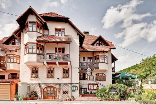 __{offers.Best_flights}__ Hotel Adler