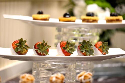 City Seasons Al Hamra Hotel photo 4