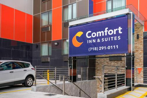 . Comfort Inn & Suites near JFK Air Train