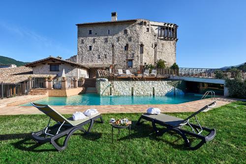 . Castrum Resort