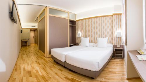 Aparthotel Bonanova